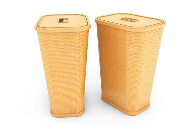Cesto de roupa suja de bambu em um fundo branco