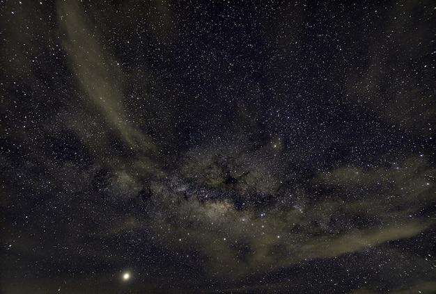 Céu estrelas noite via láctea