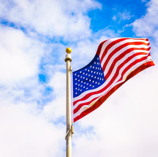 Céu, orgulho, liberdade, ninguém, julho