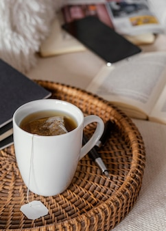 Chá alto no café da manhã
