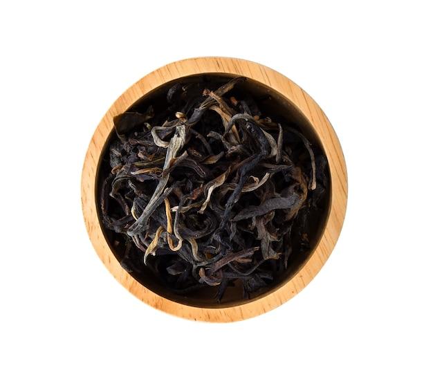 Chá assam seco isolado