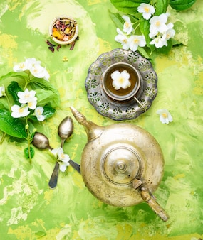 Chá com jasmim