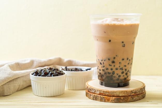 Chá com leite taiwanês com bolhas