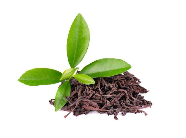 Chá de ceilão preto com graviola no fundo branco