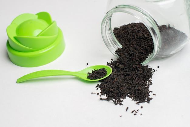 Chá de ervas para a saúde, folhas de chá secas naturais,