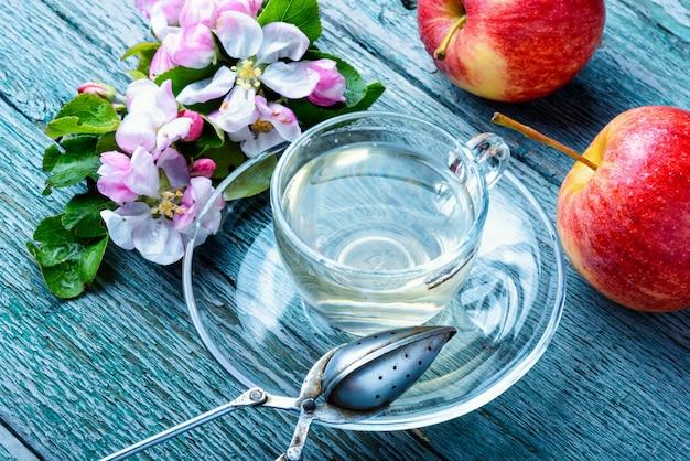 Chá de frutas de maçã