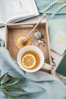 Chá de limão com mel