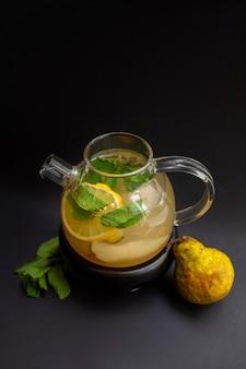 Chá de limão e pêra