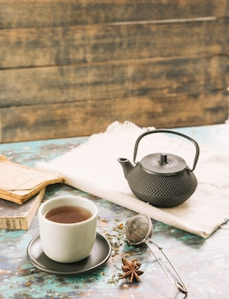 Chá decorativo ainda vida