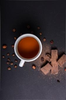 Chá e café em grão close-up