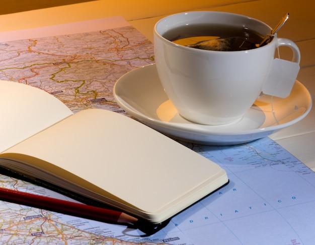 Chá e plano de viagem