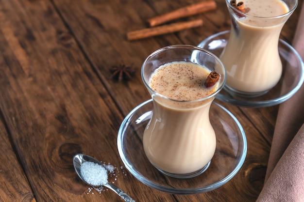 Chá indiano masala com especiarias