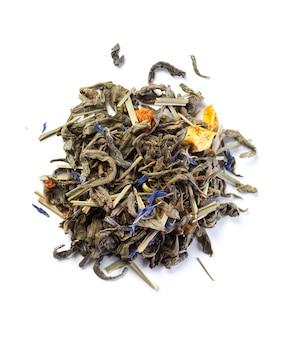 Chá isolado no branco