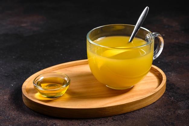 Chá quente de inverno de espinheiro buck do mar