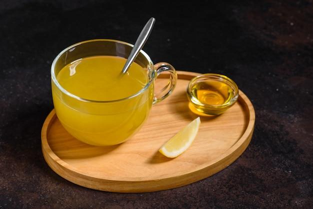 Chá quente de inverno de espinheiro