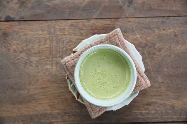 Chá verde com leite