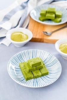 Chá verde de chocolate macio