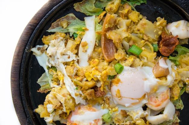 Chamada de macarrão tailandês