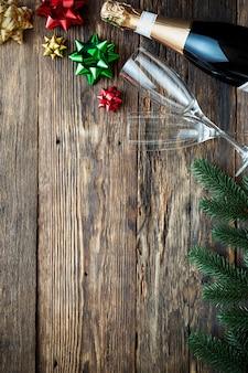 Champagne feliz ano novo! feriados de natal e ano novo