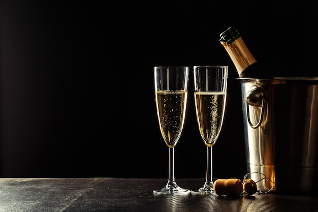 Champanhe no preto
