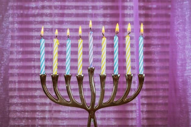 Chanucá velas tudo em um feriado judaico símbolo