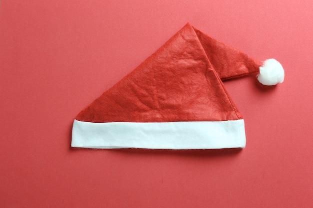 Chapéu de papai noel em vermelho