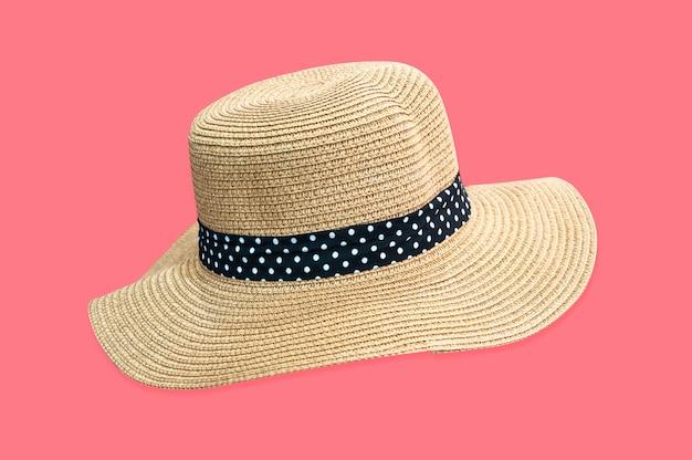 Chapéu fedora tecido isolado em rosa com traçado de recorte
