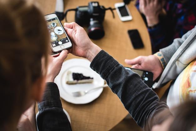 Cheesecake de tiro com telefone