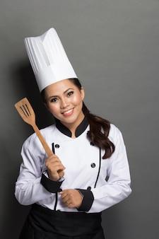 Chef bonito em ação