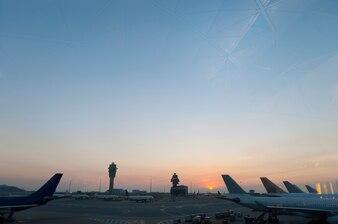 Chegada aviação turismo aeroporto cena aviação