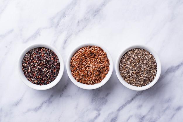 Chia, quinoa e sementes de linho