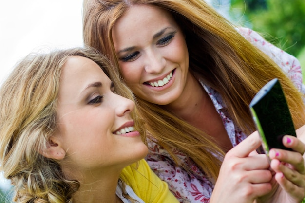 Chicas internet retrato sonrisa rubia