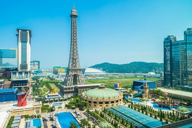 China, macau - 10 de setembro de 2018 - marco bela torre eiffel do hotel parisiense er