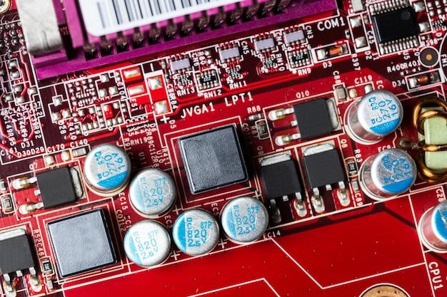 Chip de computador vermelho