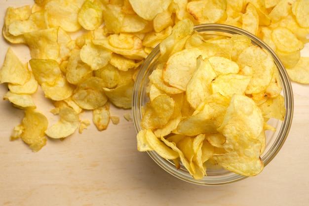 Chipl delicioso em close-up de mesa