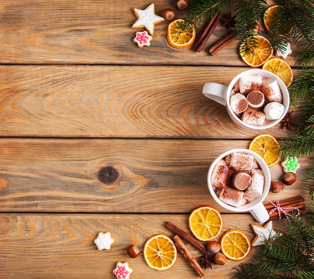 Chocolate quente de natal com marshmallow