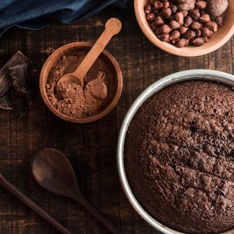 Chocolate saboroso e composição de bolo