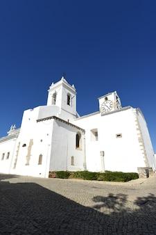 Chuch de santa maria do castelo, tavira, algarve, portugal,