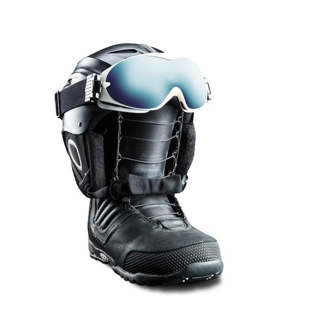 Chuteira de snowboard com capacete e óculos