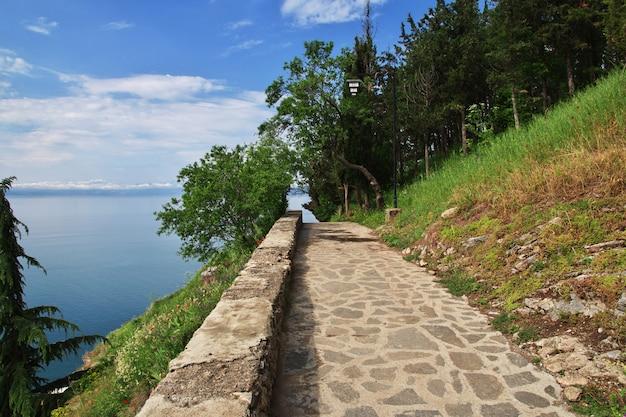 Cidade das orquídeas na macedônia no lago