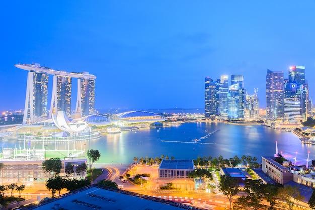 Cidade de singapura à noite