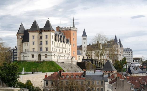 Cidade do castelo de pau na frança