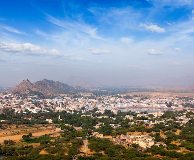Cidade santa pushkar. rajastão, índia