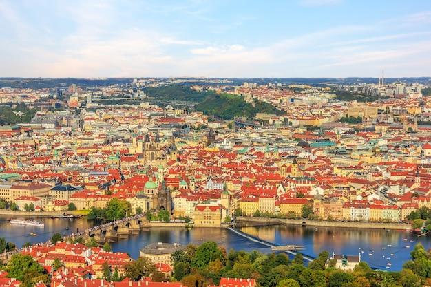 Cidade velha de praga, vista aérea da plataforma turística.