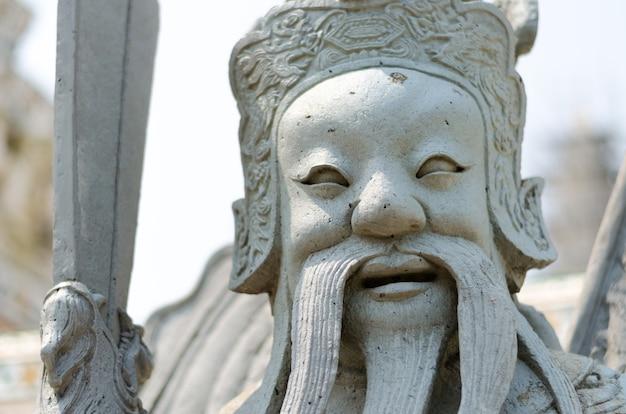 Cima, de, chinês, soldado, estátua