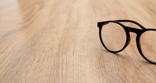 Cima, de, óculos, ligado, tabela