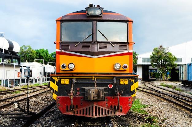 Cima, locomotiva