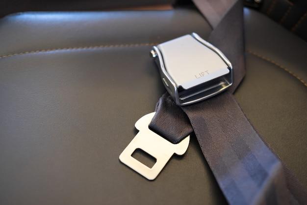 Cinto de segurança no assento no conceito de segurança de vôo de avião