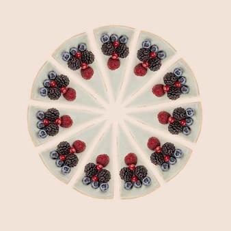 Círculo de cheesecakes azuis com frutas