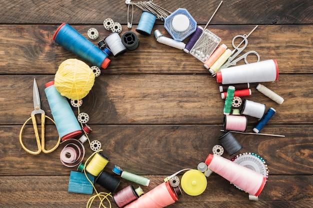 Círculo de suprimentos de costura